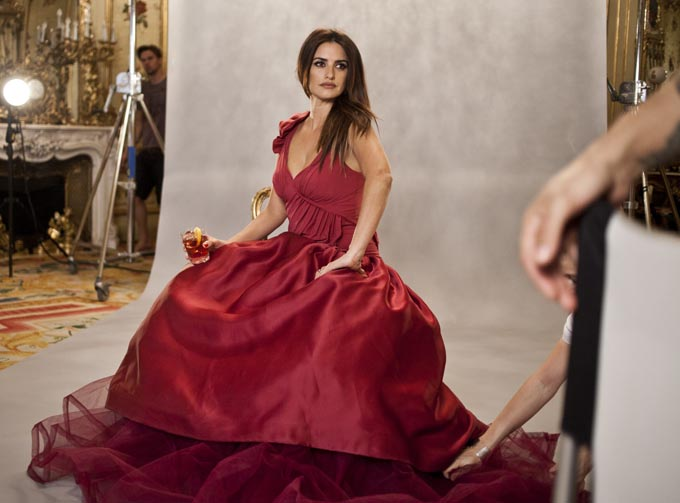 07 31 Campari Calendar 2013_Penelope Cruz_by Francesco Pizzo (17)
